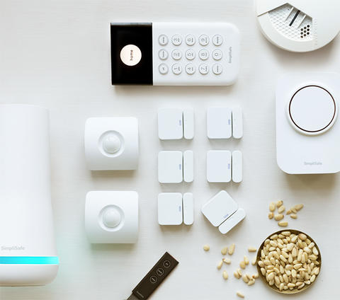 Stock photo of The Knox security kit from SimpliSafe