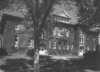 Coffeyville Junior College Circa 1925