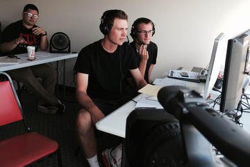 Students Broadcasting Game