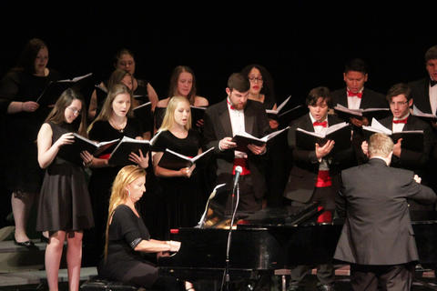 Concert Choir Performing