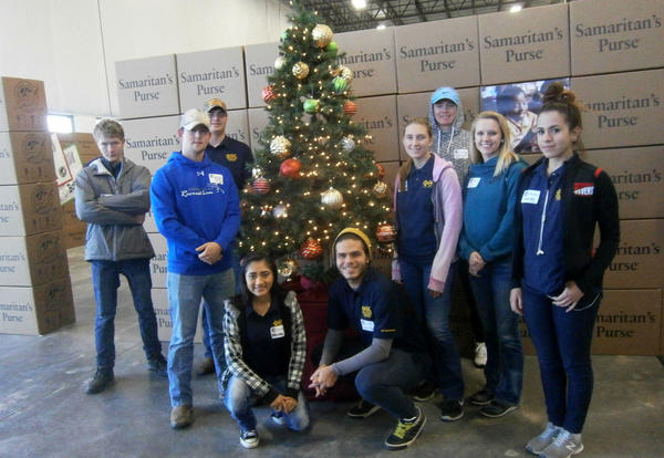 Eta Gamma Travels to Denver to Assist with Operation Christmas Child