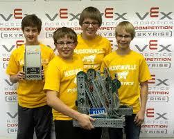Middle School Students in Robotics Competition