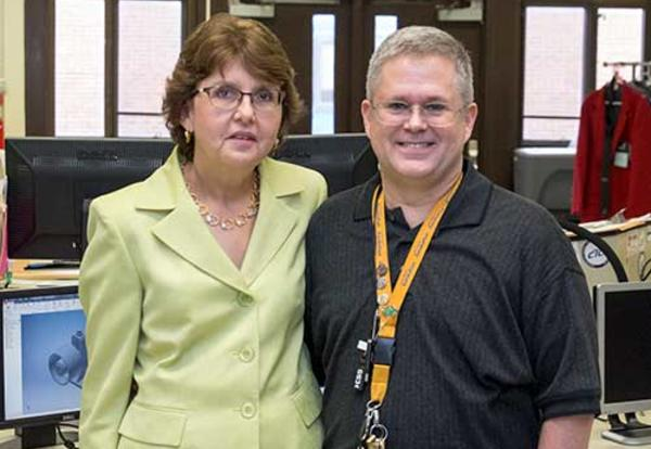 Arnold Recognized for Distinguished Teaching