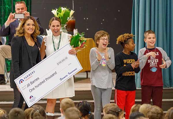 Votes Win FCPS the Dream Big Teacher Challenge!