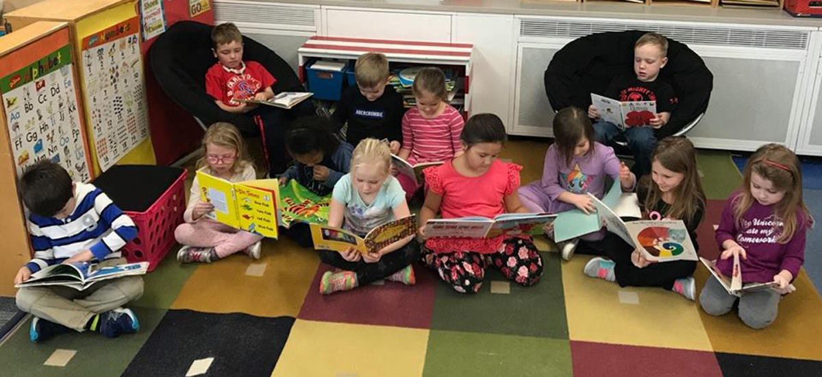 Kindergarten Students Caught Being Super Readers!