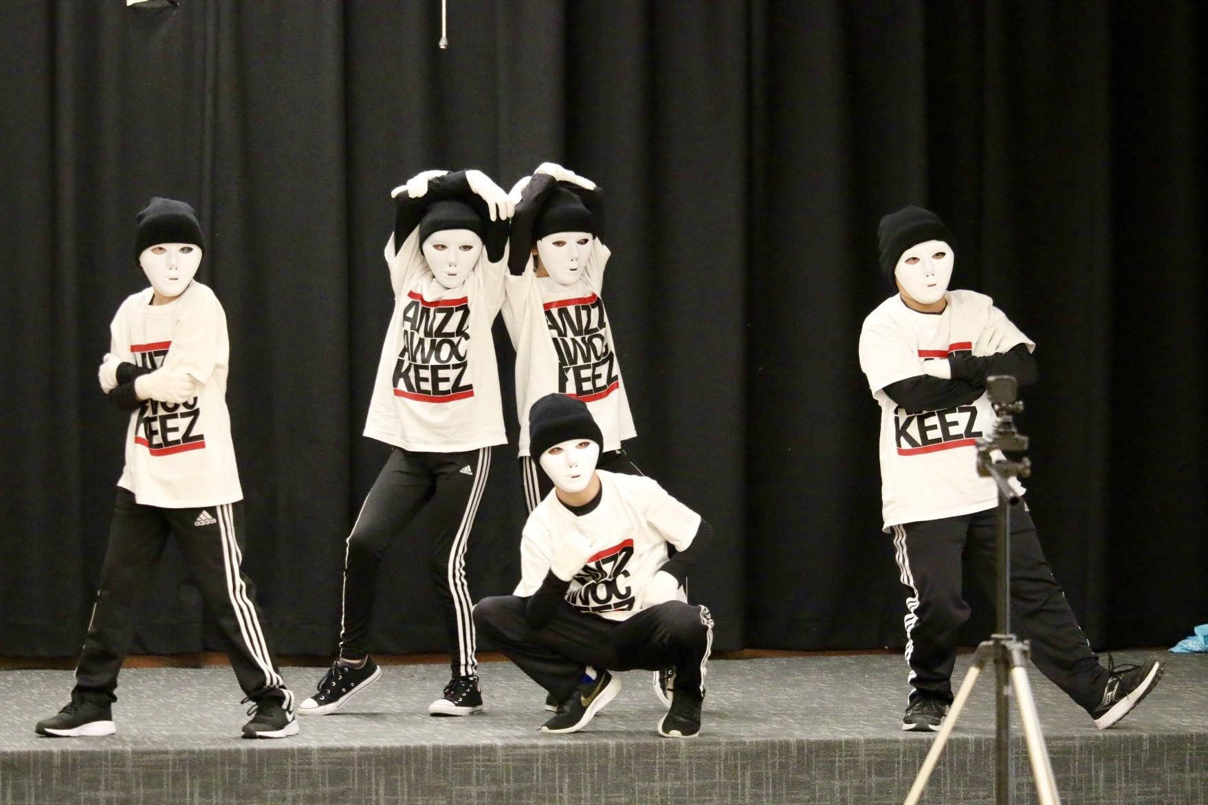 Students performing at talent show - Photo #1
