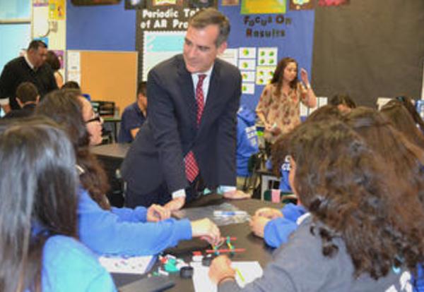 Mayor Garcetti Visits KIPP LA Prep