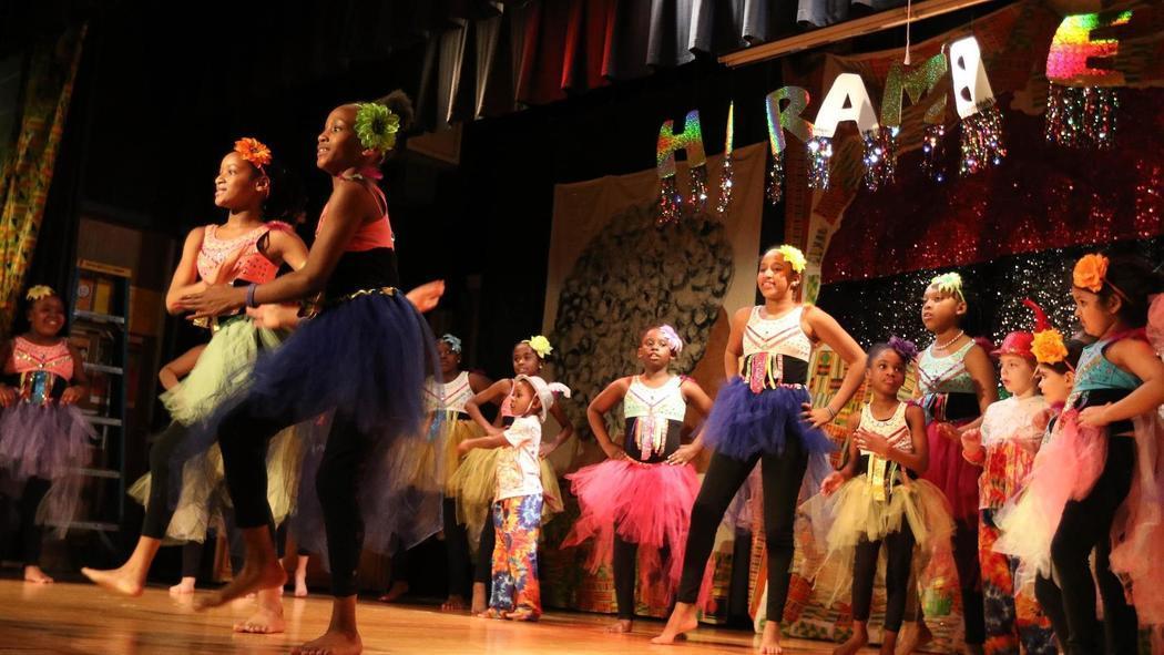 Kuumba Kids dancers