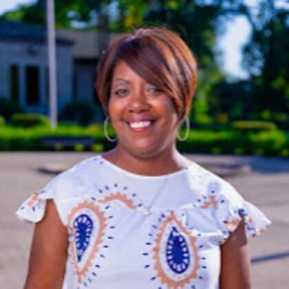 Dr. Kenya Hodges