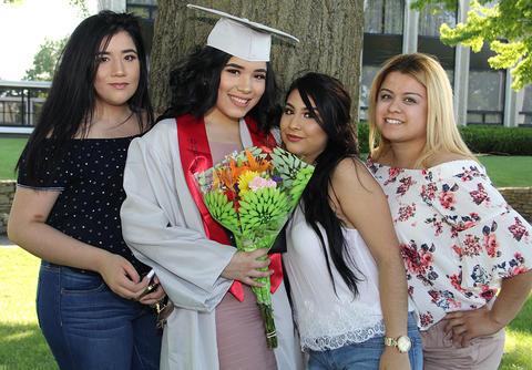 Graduation Pictures 2017 34