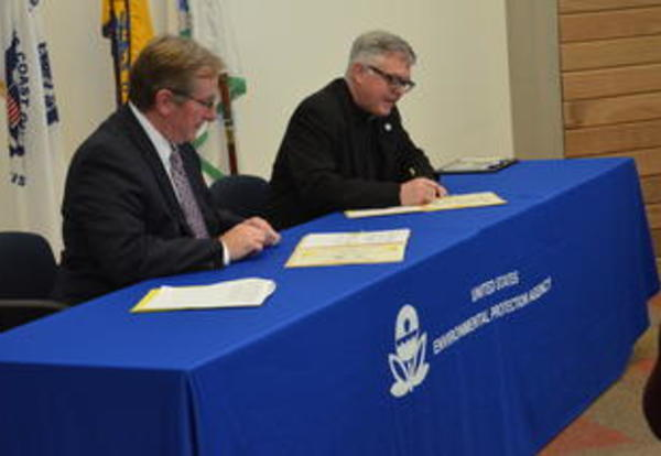 EPA Region 7 and Donnelly College to Combine Efforts on Joint Research and Teaching Initiatives