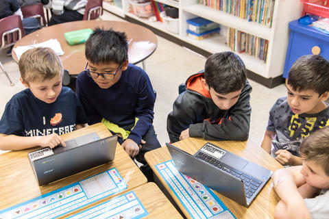 River Valley Oakwood Hour of Code Collaboration January 29 2016-13