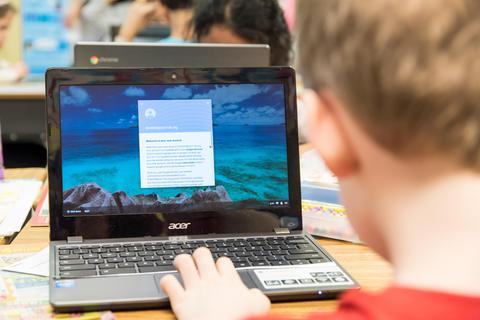 Oakwood first graders using Google Classroom February 16 2017-2