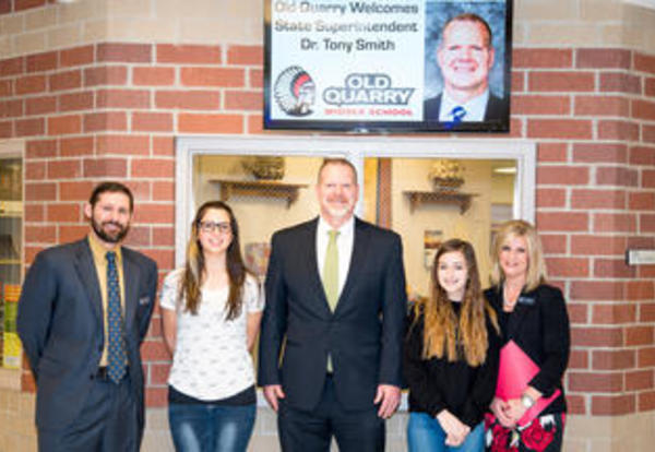 State Superintendent of Education, Dr. Tony Smith, tours District 113A Schools