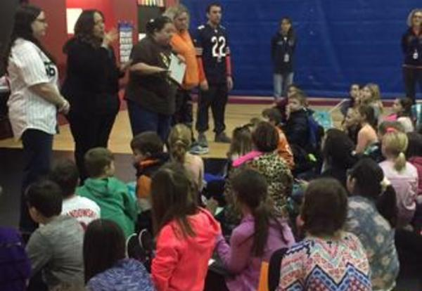 River Valley Adds Sign Language Club to After School Activities
