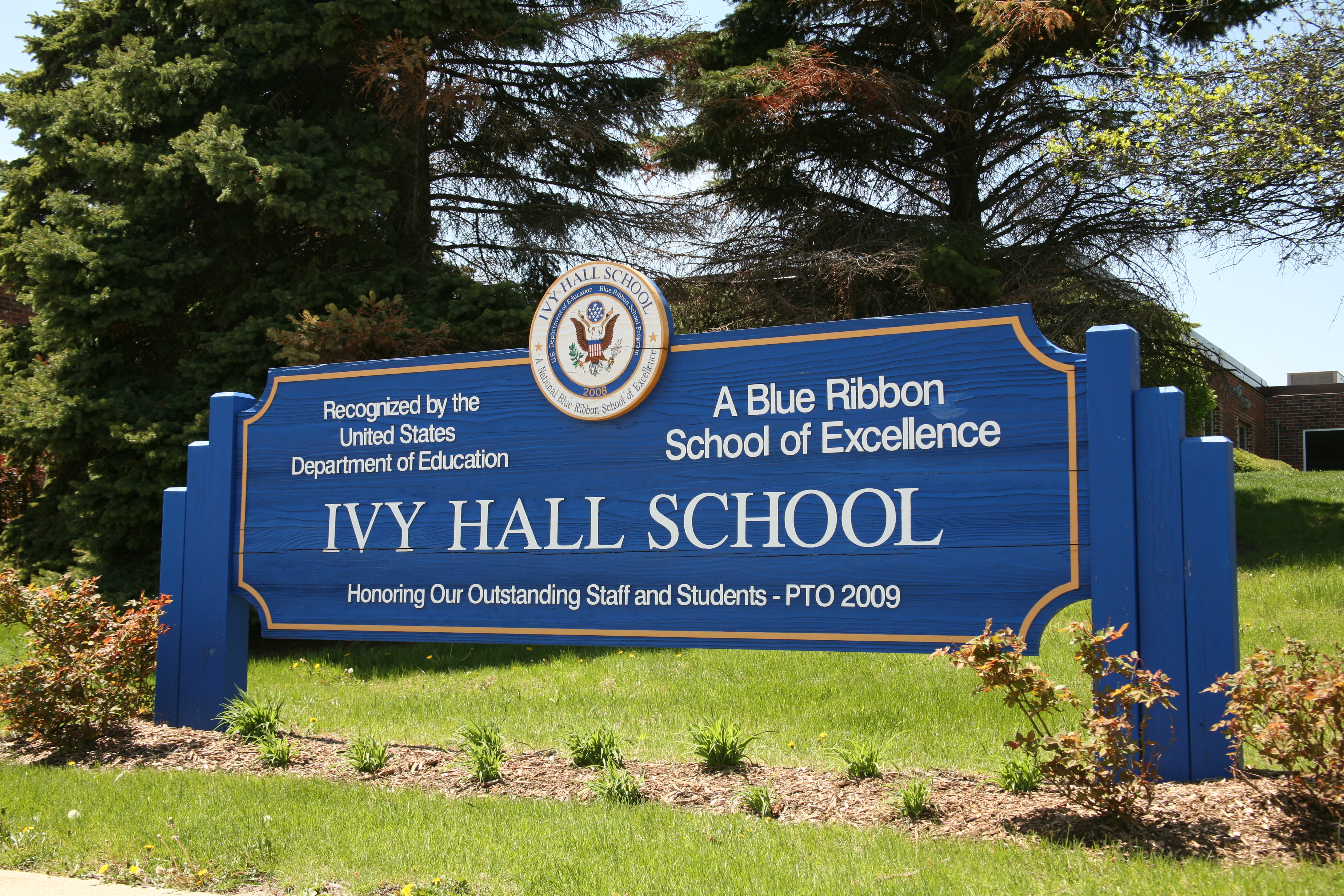 Ivy Hall Elementary Sign