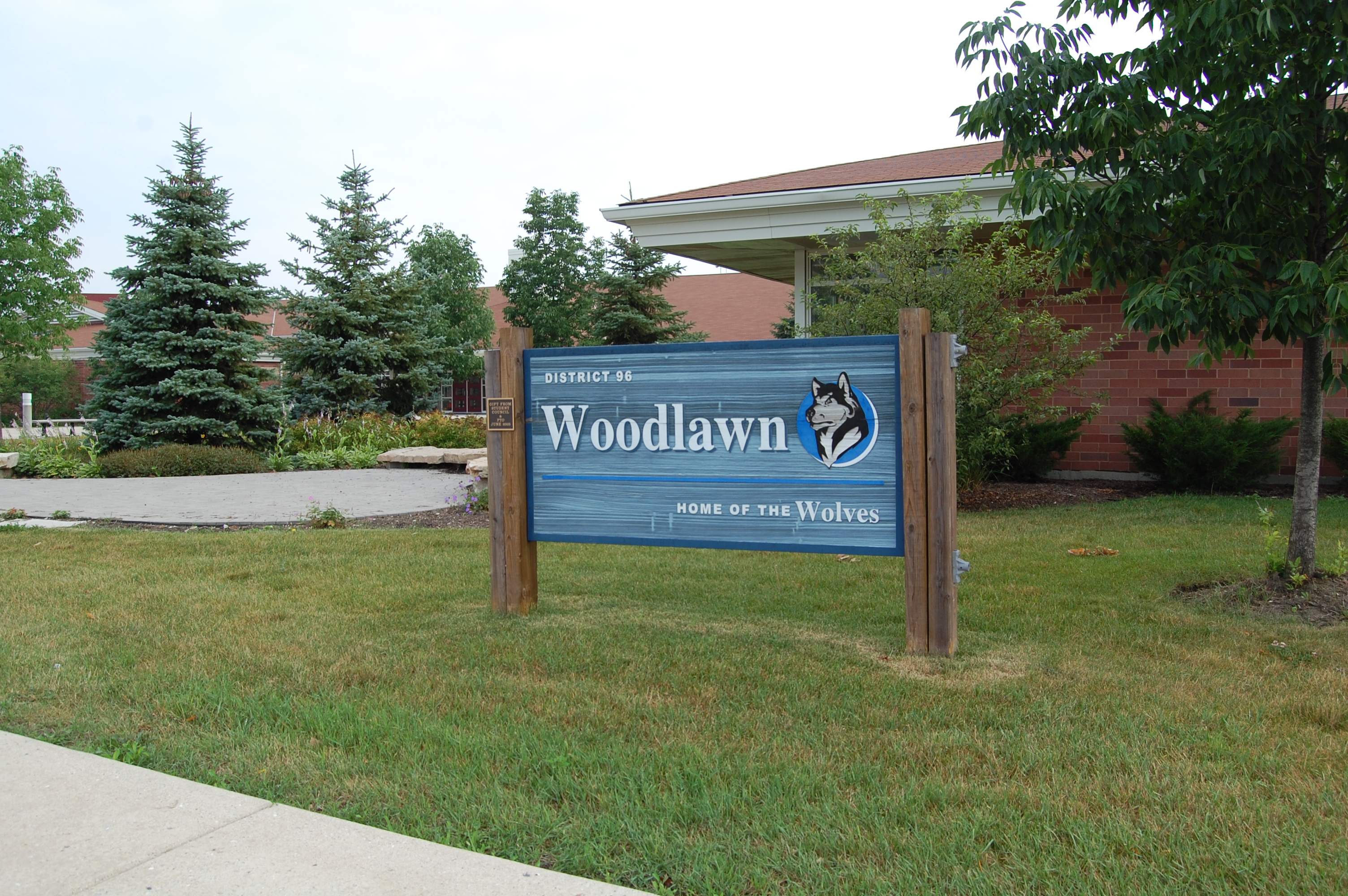 Woodlawn Middle School Sign