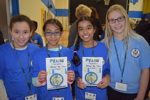 Prairie School Celebrates Blue 02