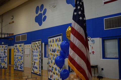 Prairie School Celebrates Blue 03