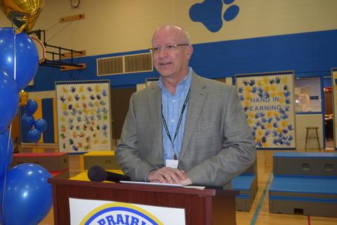 Prairie School Celebrates Blue 16