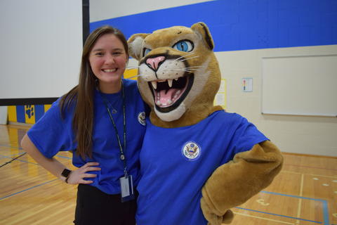 Prairie School Celebrates Blue 19