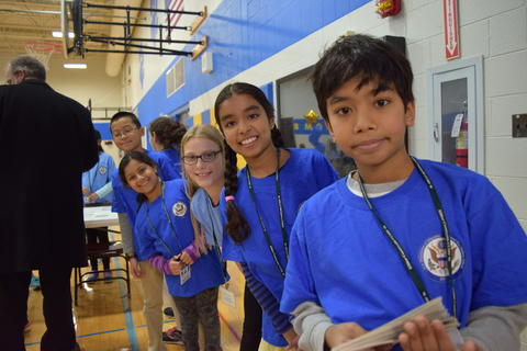 Prairie School Celebrates Blue 32