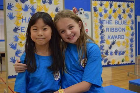 Prairie School Celebrates Blue 33