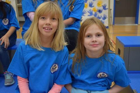 Prairie School Celebrates Blue 34