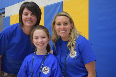 Prairie School Celebrates Blue 42