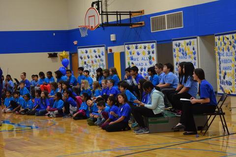 Prairie School Celebrates Blue 49