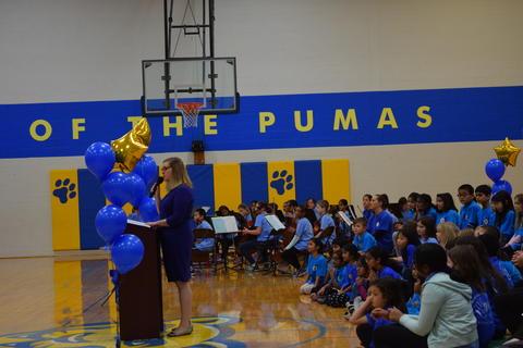 Prairie School Celebrates Blue 52