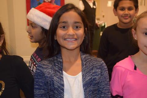 Bringing holiday music to Belmont Village 04