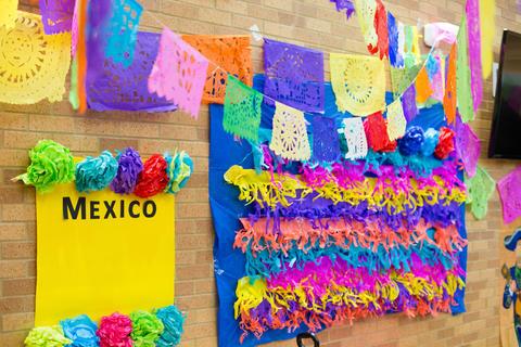WG International Culture Fair 3942