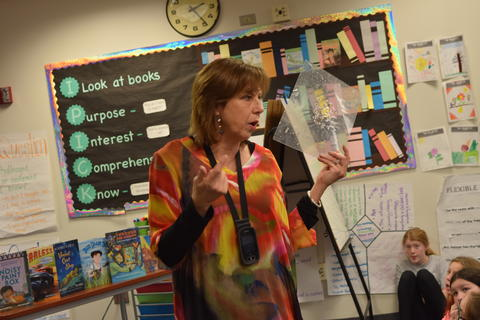 Welcomes Author Barb Rosenstock image for DSC 0049