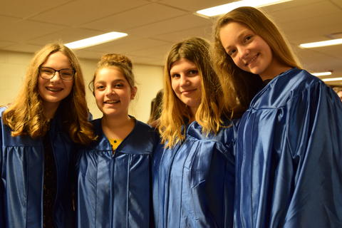 Twin Groves Graduation Class of 2018 0003