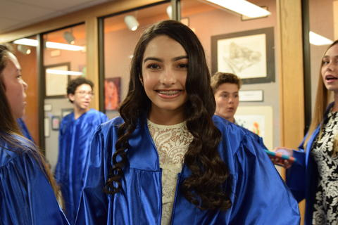 Twin Groves Graduation Class of 2018 0010
