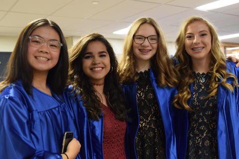 Twin Groves Graduation Class of 2018 0036