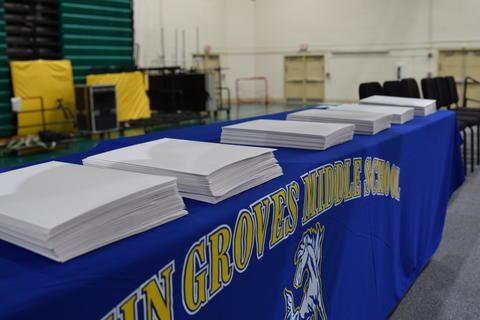 Twin Groves Graduation Class of 2018 0054