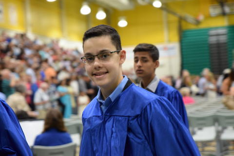 Twin Groves Graduation Class of 2018 0134
