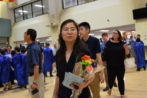 Twin Groves Graduation Class of 2018 0156