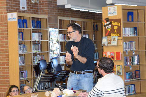 Exploring Archaeology with Guest Speaker David Feder 0056