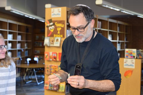 Exploring Archaeology with Guest Speaker David Feder 0129