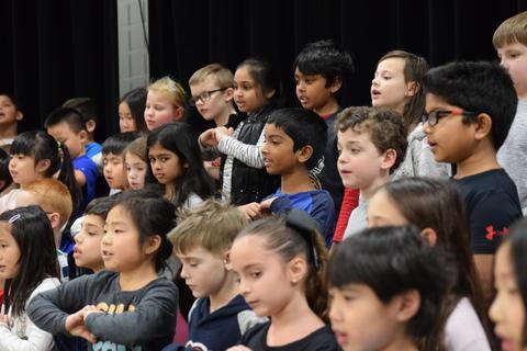 Ivy Hall 2nd-Grade Concert 0044