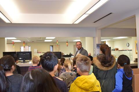 Community Civics Lesson Photo #6