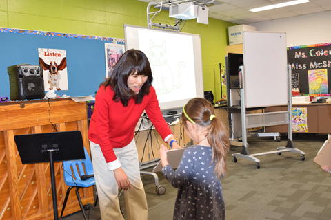 Author Yangsook Choi Visits Willow Grove - Photo #25
