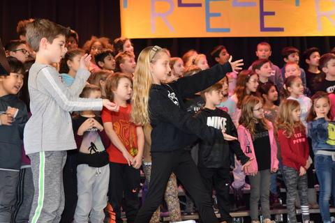 Grade 3 Musical - Jan. 2020 - Photo #34