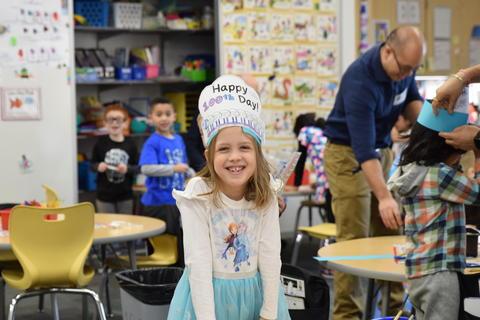 Celebrating 100 Days of Kindergarten - Photo #27