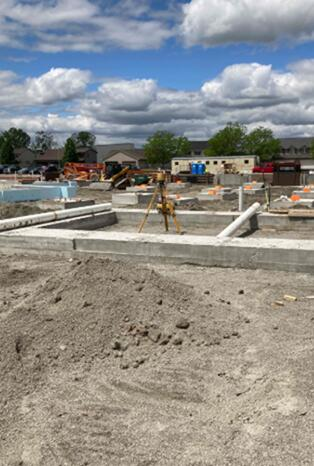 The foundations of the stairwell on the north side of area A are complete. The masons will start on these walls next week.