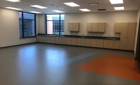 The rubber flooring is complete in the science rooms.