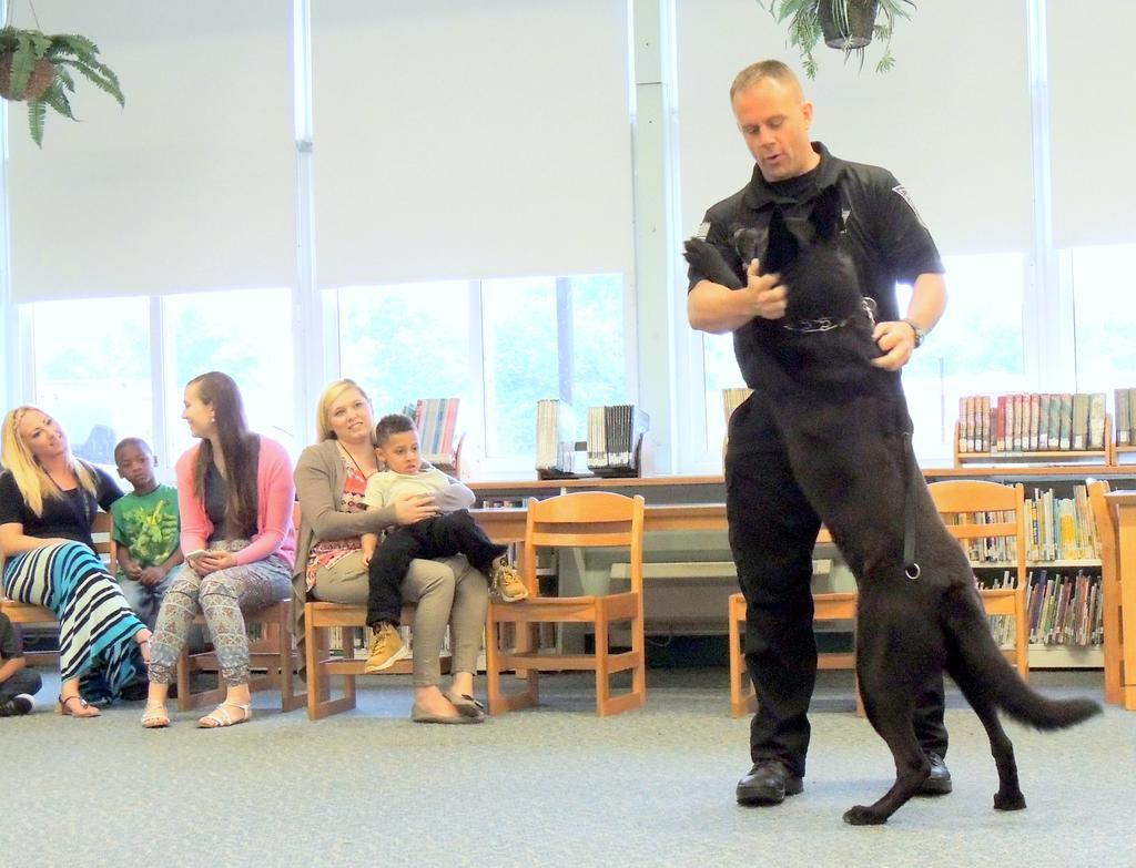 Deptford Police K-9 Unit Visits Evergreen Preschool Students   District